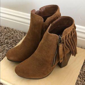 Round toe boho tassel fringe ankle bootie